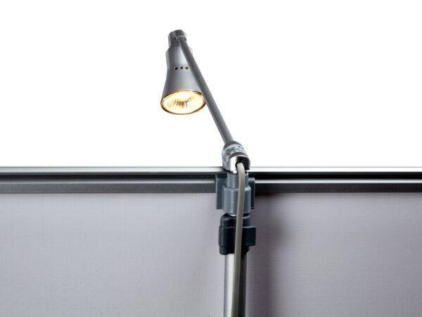 monterbar lampa för skylt